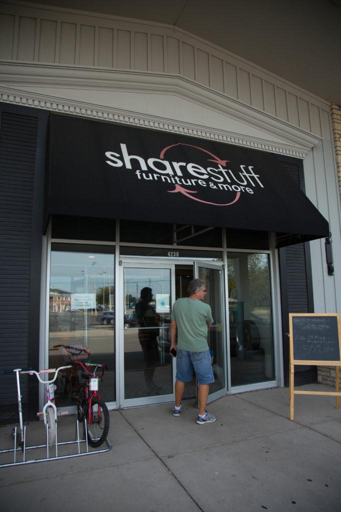 Sharestuff Furniture & More Exterior